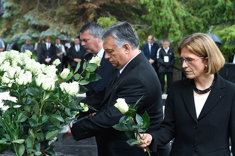 Budapester Zeitung Trauerfeier
