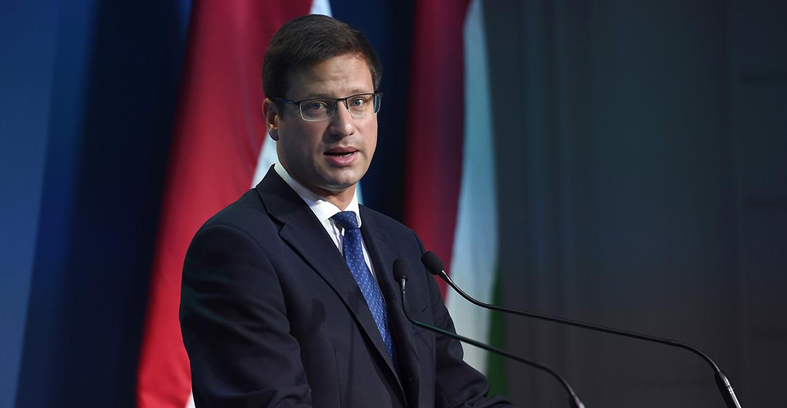 Gulyás Gergely - Regierungspressekonferenzz